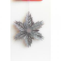 Ornament fulg in relief 15 cm, argintiu
