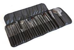 Set profesional pensule machiaj culoare negru 24 bucati