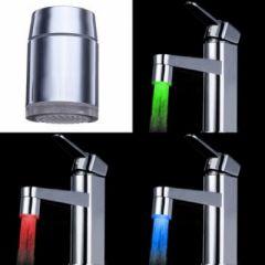 Capat Robinet Baterie Iluminat LED in 3 Culori in Functie de Temperatura Apei