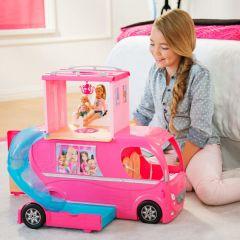 Rulota transformatoare a lui Barbie™, 63.5 x 22.9 x 32.4 cm, cu accesorii, multicolor