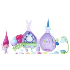 Set figurine si accesorii Hasbro Trolls Popy si salonul de frumusete