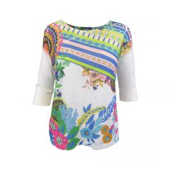 Bluza Univers Fashion - alba cu imprimeu multicolor geometric si flori - maneca trei sferturi - M-L