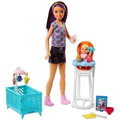 Papusa Barbie Skipper, babysitter cu bebelus si accesorii