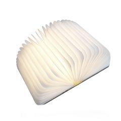 Lampa LED in forma de carte cu coperti de lemn, portabila si cu acumulator