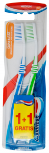 Periuta de dinti medium Aquafresh Clean & Flex 1+1 gratis