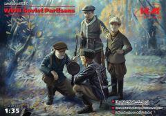 w_w_i_i_soviet_partisans(4_figures)1:35_0