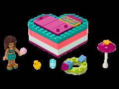 LEGO Friends - Cutia de vara in forma de inima a Andreei 41384