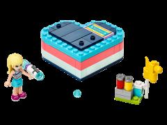 LEGO Friends - Cutia de vara in forma de inima a Stephaniei 41386