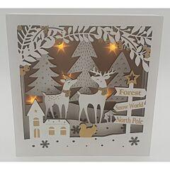Decoratiune tablou din lemn cu peisaj de iarna si LED, 22x22cm, Alb/Auriu