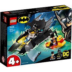 LEGO Super Heroes Urmarirea Pinguinului cu Batboat! 76158