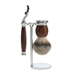 Set de barbierit cu aparat de ras compatibil Mach3 si pamatuf cu par de bursuc cu maner din lemn de esenta tare Muehle Sophist S 93 H 47